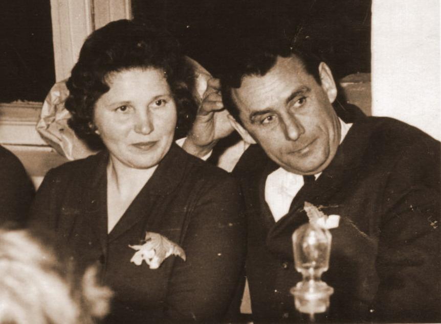 Трухан Николай Александрович со своей супругой Татьяной Александровной - школьным библиотекарем