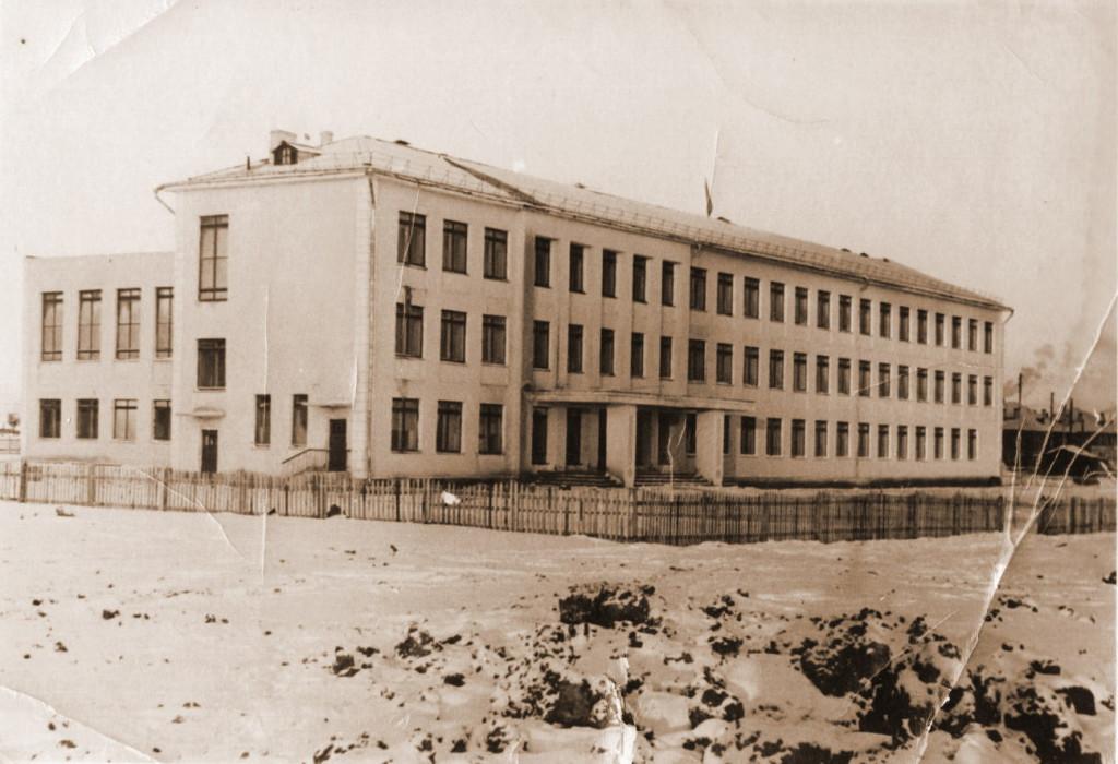 Саянская школа