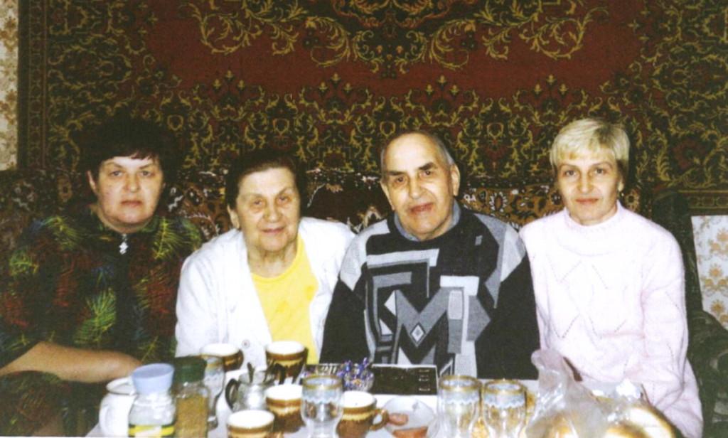 Семья Межиба. 2006 год