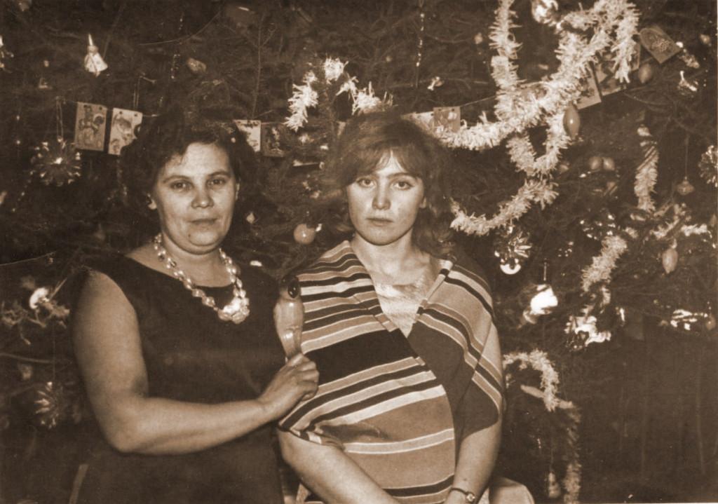 Широкова Зинаида Фёдоровна и Куликова Тамара Степановна - организатор по воспитательной работе и пионервожатая